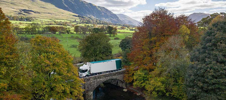 AWJ Scania Threlkeld Bridge